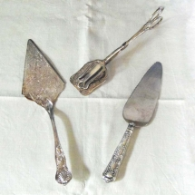 Wedding Cake Hire Norfolk - Vintage Cake Slice Tongs - Vintage Partyware